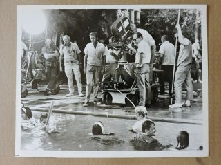 Robert Vaughn With Camera Crew Candid Tv Photo 1966 The Man From Uncle