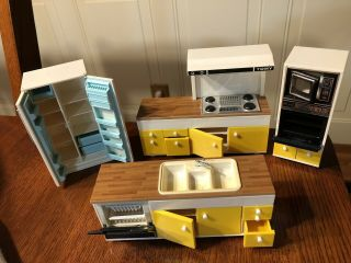 Vintage Tomy Smaller Home And Garden Dollhouse Kitchen Set Sink Fridge Stove,