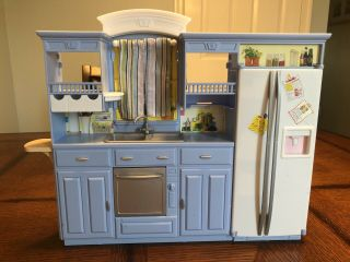 Barbie Mattel Living In Style Kitchen 2002 Blue Kitchen W/ Curtains