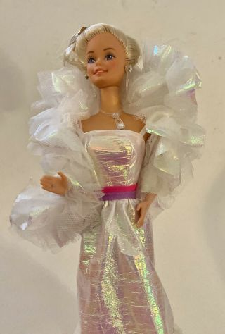 Vintage 1983 Crystal Barbie Doll Mattel 4598 With Stole