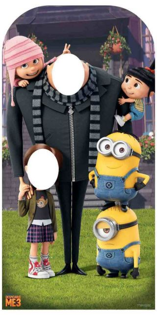 Despicable Me Gru With Minions Stand - In Cardboard Cutout Great For Party Photos