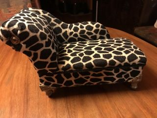 Doll Size Fainting Couch - Opens Up For Storage Black & Cream Geometric/giraffe