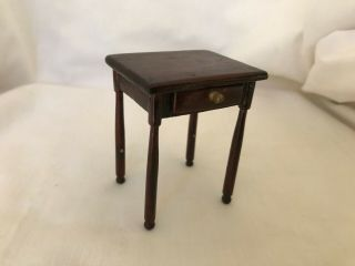 Dollhouse Miniature Wooden Nightstand Lamp Table With Drawer 1 :12