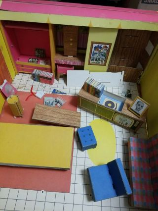 Vintage Barbie Dream House Fold - Out Playset Mattel 1962 With Furniture