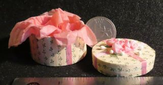 Hat Box Decorated Pink From Millinery 1:12 Scale Dollhouse Miniature 7177
