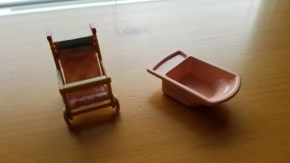 Calico Critters Sylvanian Families Dollhouse Baby Furniture Stroller And Bath.
