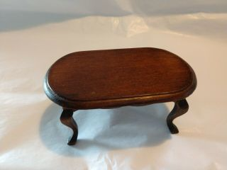 1:12 Miniatures Oval Walnut Coffee Table By Handley House
