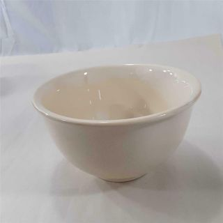 """Tabletops Lifestyle Espana 6 """" Ivory Cereal Bowl Hand Painted Hand Crafted Cream"""