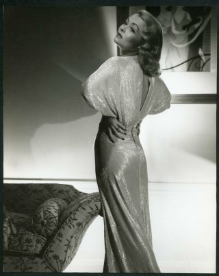 Constance Bennett In Stunning Back To Camera Portrait 1930s Dblwt Photo