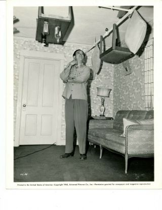 """"""" Lon Chaney """" Lc - P5 1943 """" Furniture On Ceiling """" Universal"""