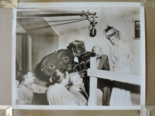 Sam Wood Directing Joan Fontaine By Camera Orig Candid Production Photo 1947 Ivy