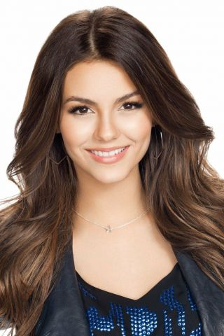 Victoria Justice Posing For Camera 8x10 Photo Print
