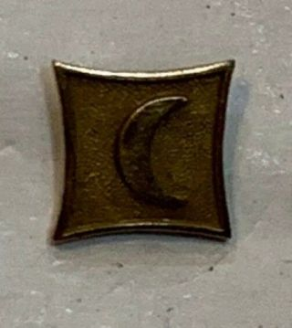 10 K Gold Crescent Pin