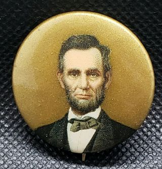 1909 Abraham Lincoln Political Pin Back Button Gold Background Cammall