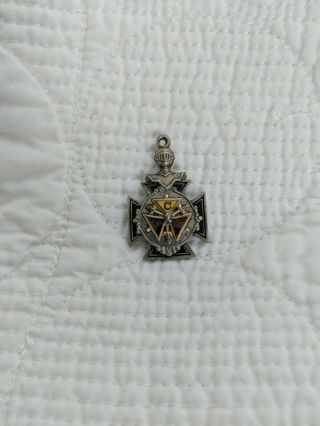 "Vintage Fbc Knights Of Phythias Fraternal Pendant 1 "" Silver Tone Fob"