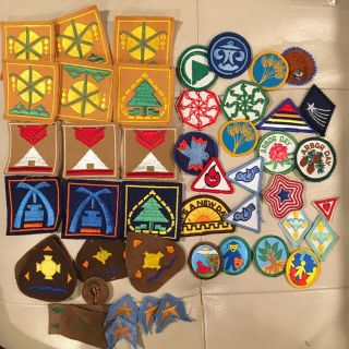 Vintage Camp Fire Girls And Bluebird Patches Awards 32 & 15 Patches