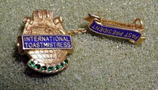 Vintage Toastmasters International Toastmistress Past President Lapel Pin Dangle