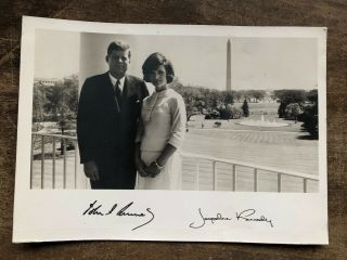Signed 1961 John Jacqueline Kennedy Jfk Formal White House Portrait Type 1 Photo