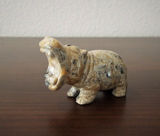 Stone/mineral Hippo - Agate,  Jasper,  Carving