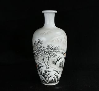 Chinese Republic Period Vases With Snow Scene Fine Details