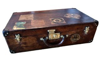 Luxury Leather Antique Louis Vuitton Suitcase/trunk/luggage