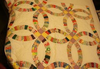 Vintage Double Wedding Ring Cotton Quilt 108 X 90