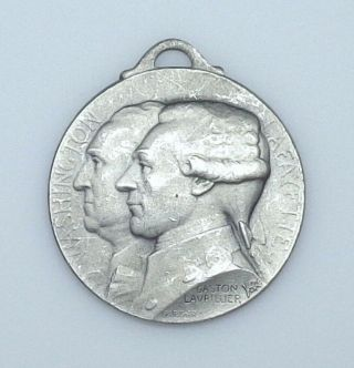 "1917 France - World War I Washington And Lafayette "" Journee De Paris "" Medal."