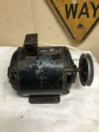 """Vintage Delco Electric Motor Model 3652 1/6 Hp 1725 Rpm 115/220 Shaft 5/8"""""""