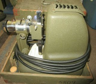 Us Army Ph - 222 - C Film Projector With Transit Case