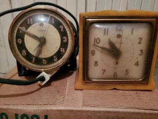 2 Vintage General Electric Telechron Clock 7h79 On Left Of Pic.