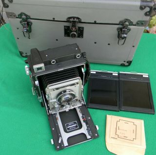 Vintage 4x5 Speed Graphic Camera With Case