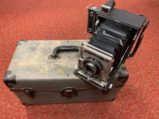 Vintage Graphex Crown Graphic Camera With Accessories,  135 Mm 4.  7 Lens,  And Case
