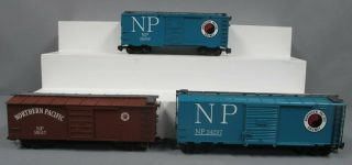 Bachmann,  Aristo - Craft,  Lionel G Northern Pacific Custom Boxcars [3]