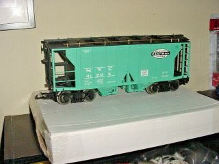 Aristo - Craft Art - 41209a - 2 - Bay Covered Hopper Car - Ny Central G Scale