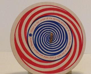 Channel Craft 2011 Made Usa Red/green Swirl Optical Illusion Round Spiral Toy