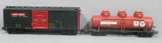 Aristo - Craft G Freight Cars: Mobil Tank 41608 And Stock Car 46114 [2]