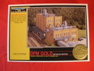 Dpm N Scale Woods Furniture Co Kit 660 Gold Detailed Edition