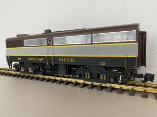 Aristo - Craft 22052 :: Canadian Pacific Alco Fb - 1 Diesel Loco G Scale