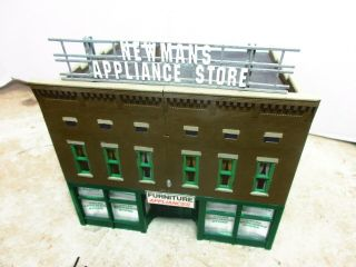 Ho Scale 1:87 Newmans,  2 Story,  Appliance Store Also Furniture,  Detailed