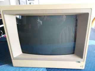 Apple 2 E Monitor A2m2056 Made In Japan,  Great Shape