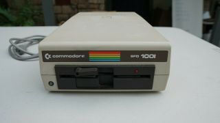 Commodore Sfd - 1001 Floppy Drive - Powers On - In Good Cosmetic Shape