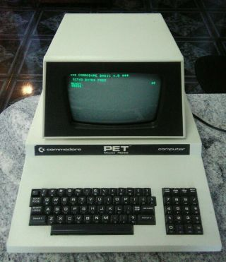 Commodore Pet Model 4032 - N Computer