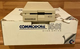 Commodore 1581 3 1/2 Floppy Disk Drive